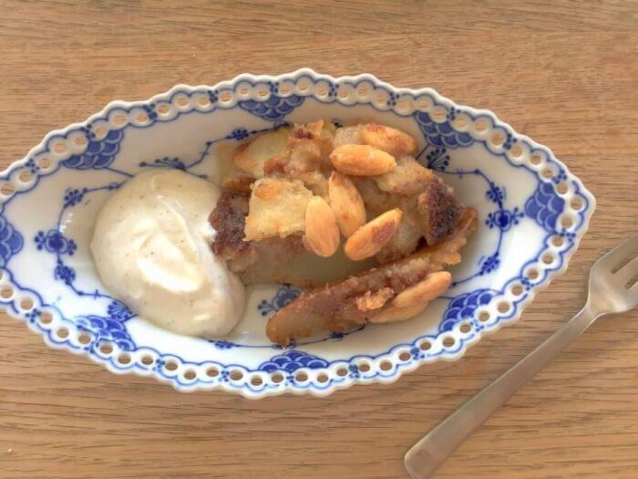 lækker lchf dessert med pærer