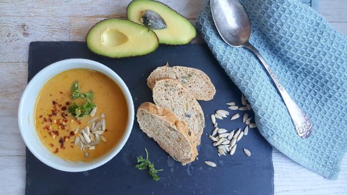 børnevenlig suppe med søde kartofler og linser