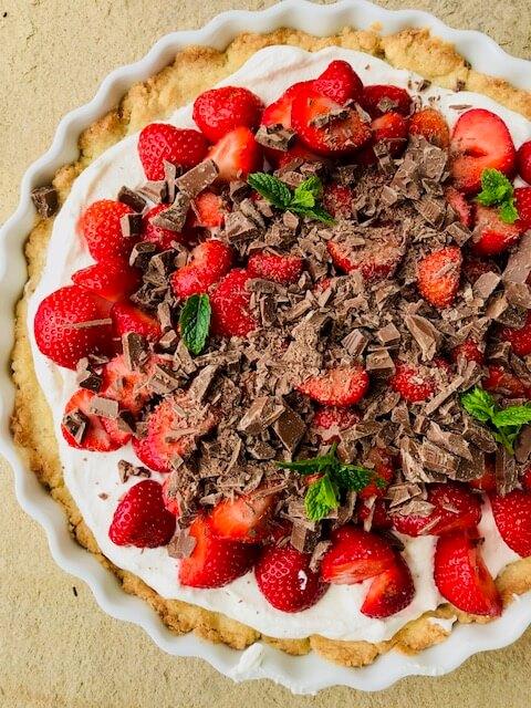 nem og lækker jordbærtærte