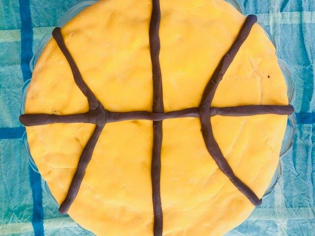 basketballkage med fondant