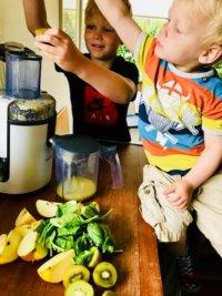 Børnejuice – Tips til hvordan får man grøntsager i ungerne.