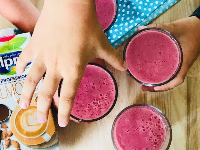 smoothie med mandelmælk