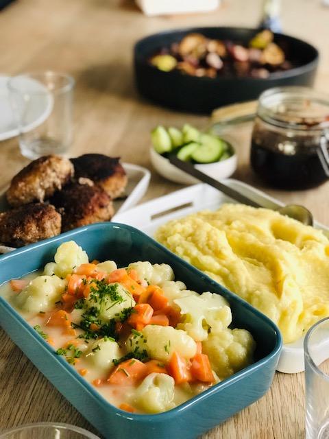 Cremet mælkesauce- perfekt til dampede grøntsager