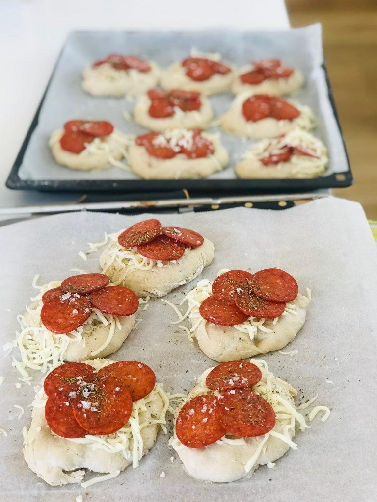 Foccaciaboller med pepperoni