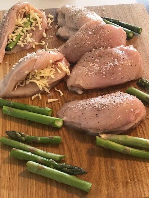 kyllingebryst med asparges