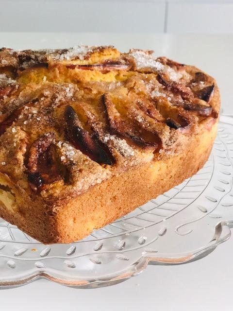 bagt æblekage i lag