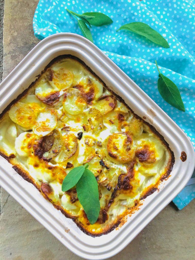 Flødekartofler – cremede flødekartofler i ovn