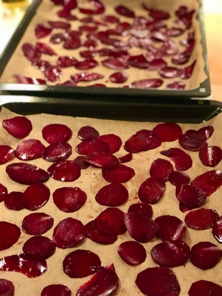 Rødbedechips i ovn- sprøde og sunde chips