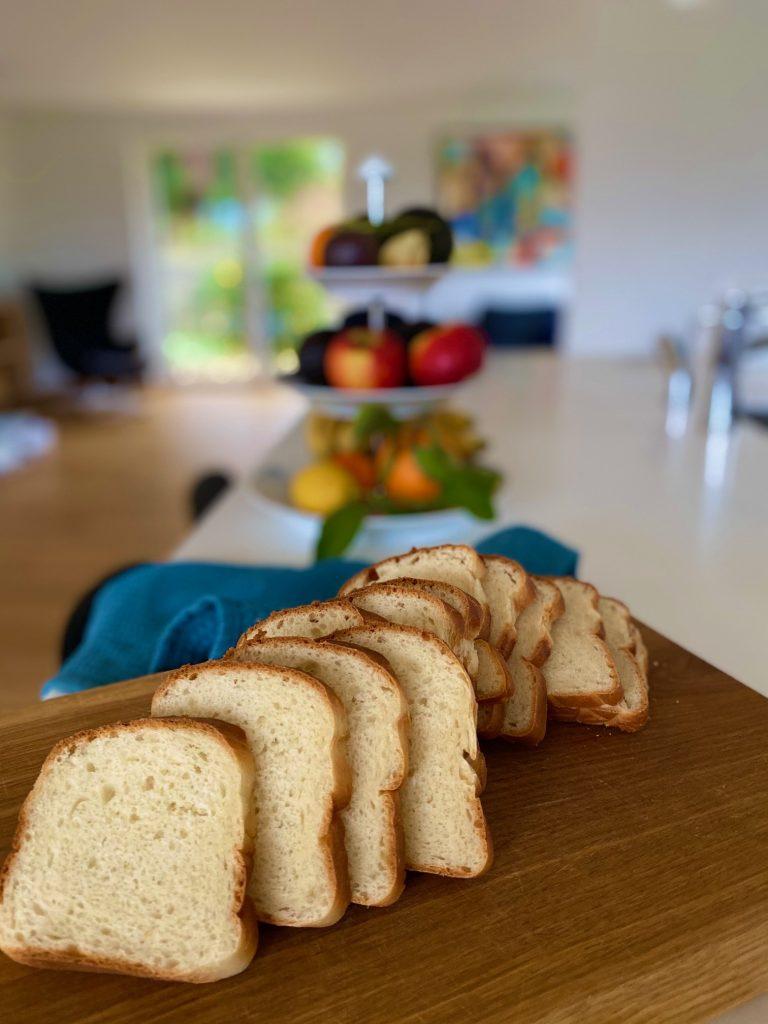 Toastbrød – opskrift på klassisk toastbrød