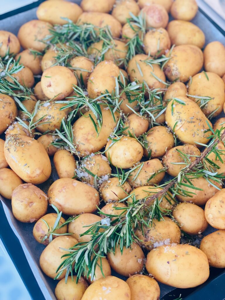 Ovnbagte kartofler med rosmarin