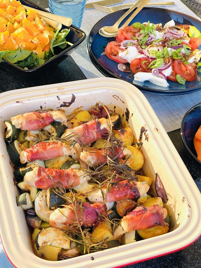 Kylling med grøntsager i ovn