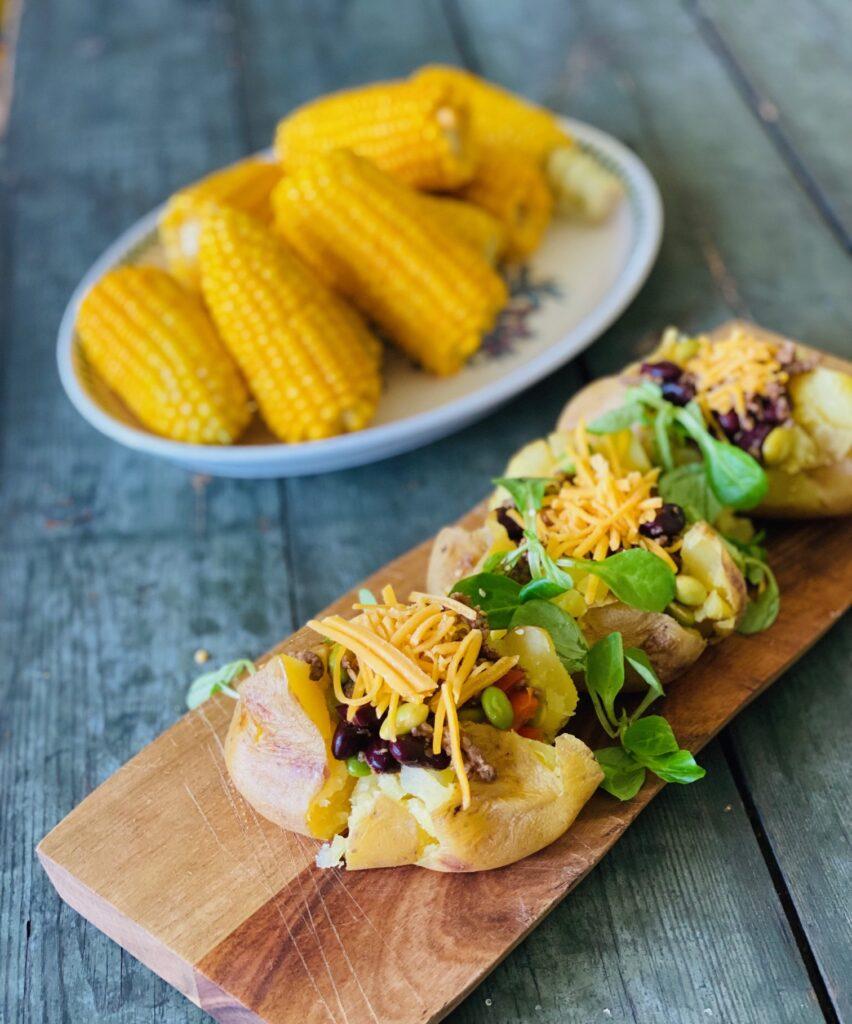 Bagte kartofler med oksekød