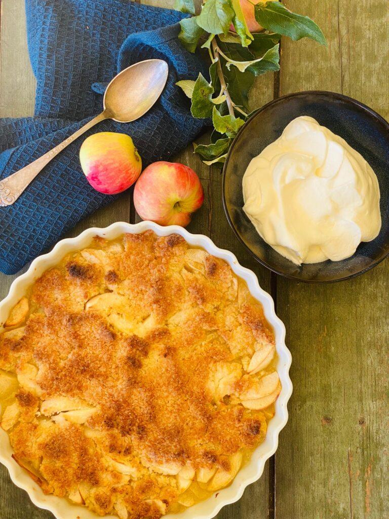 æblekage med kokos smuldredej