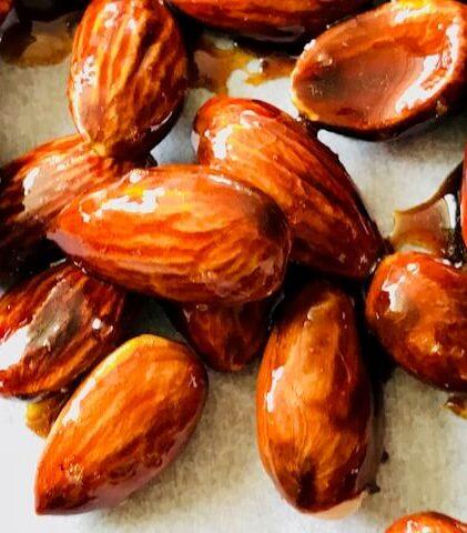 Honningristede sprøde mandler